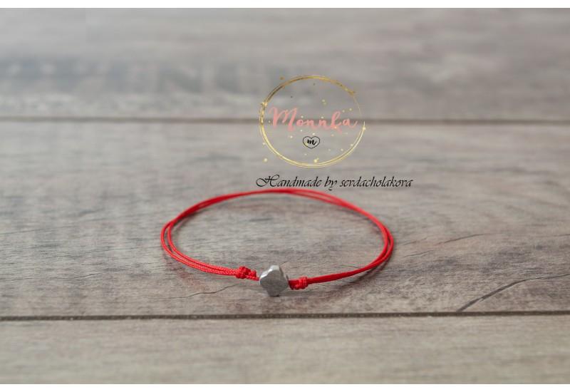 Clover Bracelet. Red String Bracelet. Natural Stone Hematite Four Leaf Clover